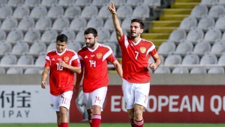 Баку пляжный футбол россия испания видео