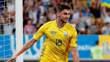 10июня 2019 года. Львов. Украина— Люксембург— 1:0. Роман Яремчук празднует забитый мяч вворота соперника.