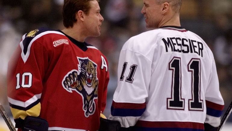 2000 год. Павел Буре иМарк Мессье. Фото Reuters