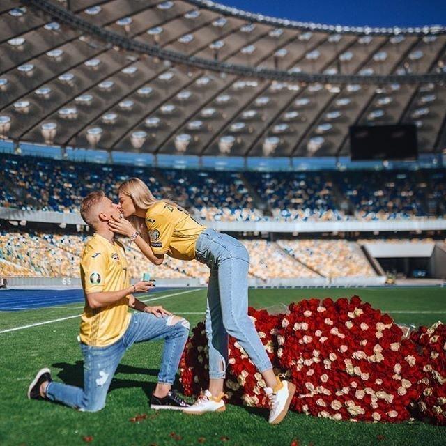 Зинченко сделал предложение своей девушке. Фото Instagram Александра Зинченко.