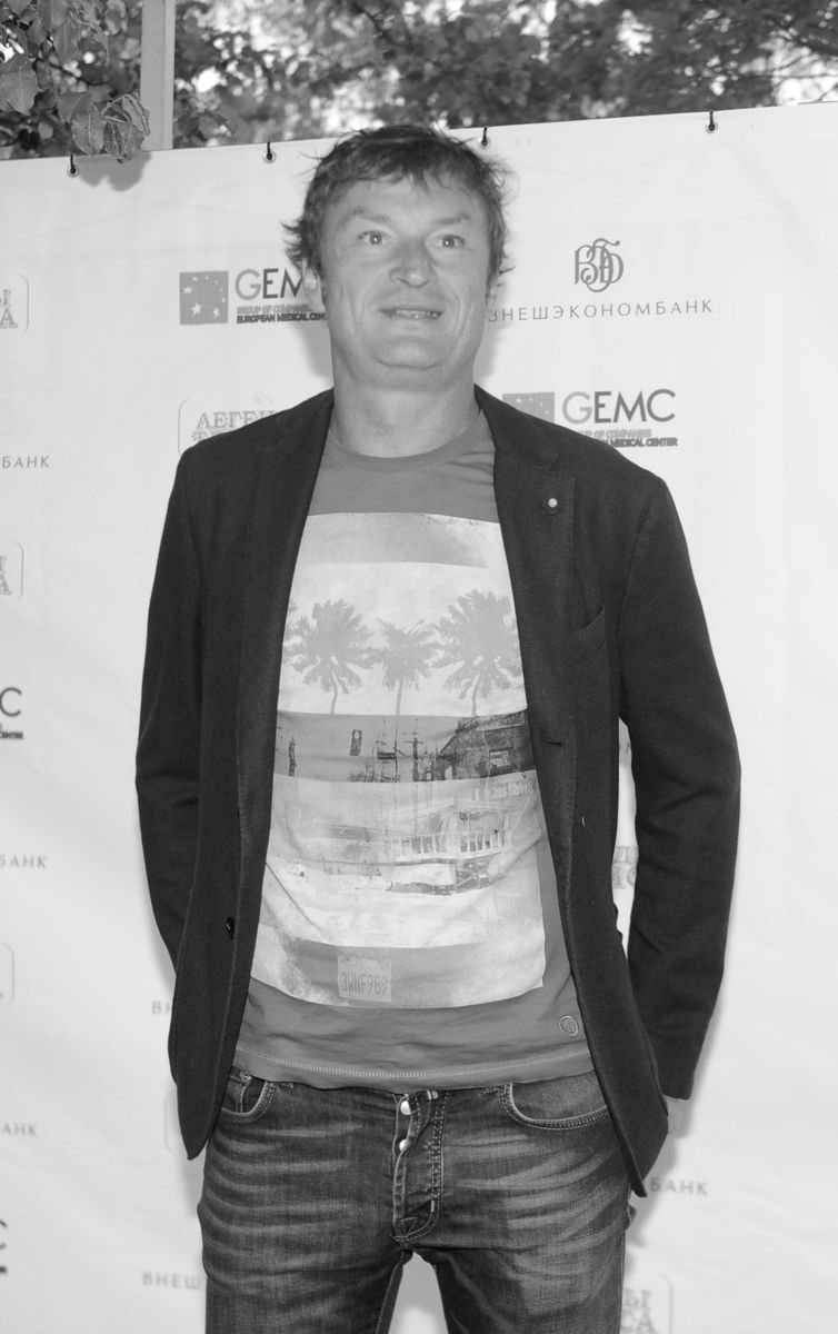 Умер российский теннисист Александр Волков. Ему было 52
