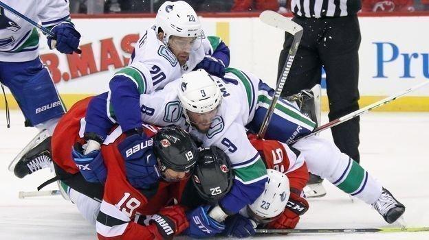 Нью-Джерси— Ванкувер— 1:0, НХЛ, 19октября, обзор матча, гол Джека Хьюза, игра Никиты Гусева