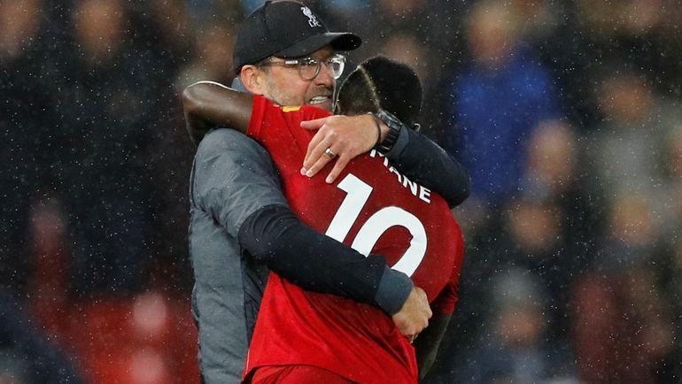 27октября. Ливерпуль. «Ливерпуль»— «Тоттенхэм»— 2:1. Юрген Клопп иСадио Мане. Фото Reuters