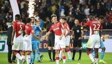 30октября. Монако. «Монако»— «Марсель»— 2:1. Игроки монегасков празднуют победу.