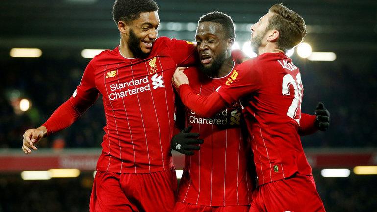 30октября. Ливерпуль. «Ливерпуль»— «Арсенал»— 5:5 (пенальти— 5:4). Игроки «Ливерпуля» празднуют гол. Фото Reuters