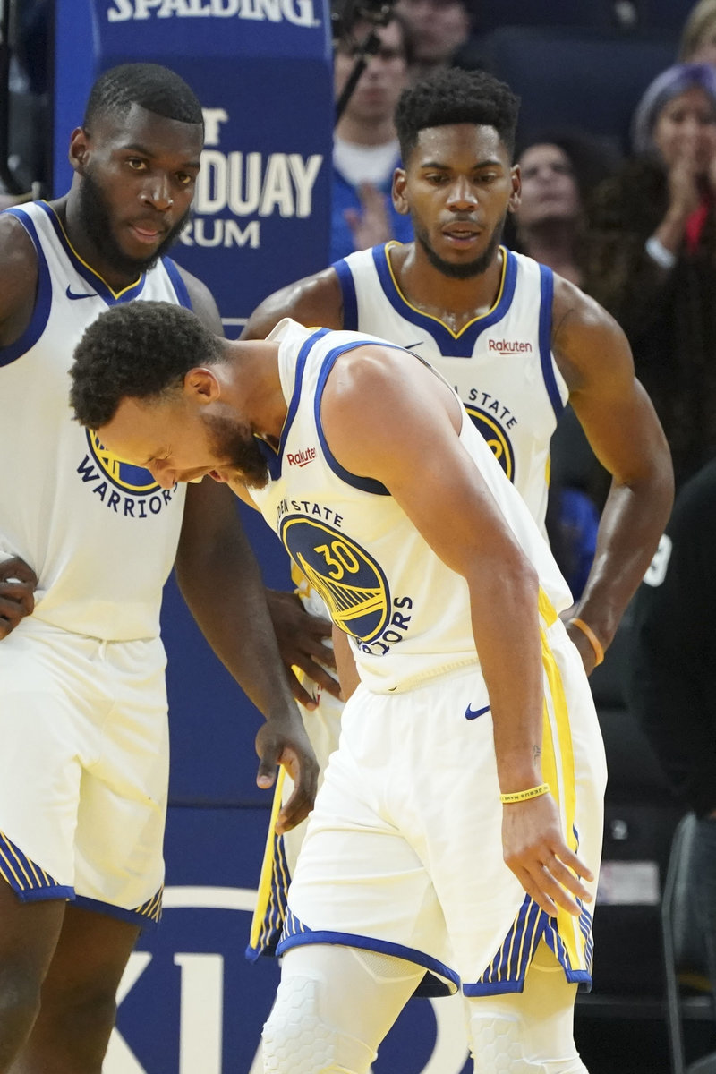 Главная звезда НБА получила жуткую травму. Карри выбыл надолго