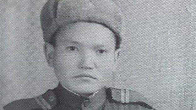 Дедушка Григория Попова— Егор Спиридонович.