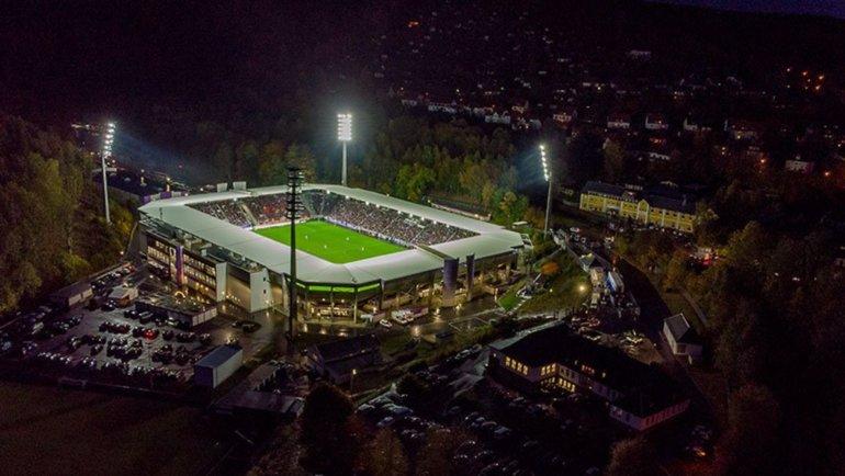 Домашний стадион «Эрцгебирге» «Эрцгебиргсштадион».