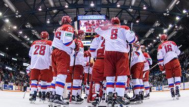 Сборная России выиграла второй матч Суперсерии.