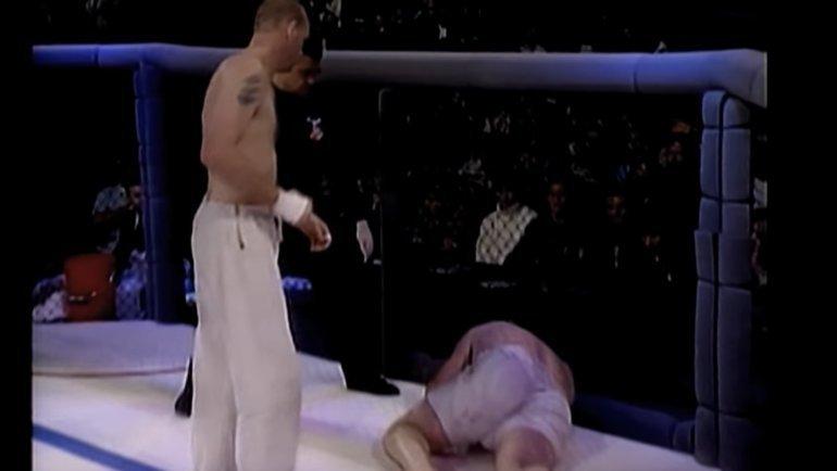 Кевин Розье (нанастиле) проиграл Жерару Гордо.