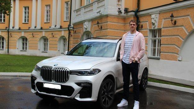 Тимофей Мозгов и его автомобиль.