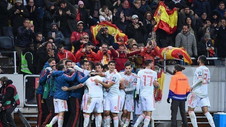 Испания вышла вфинальный турнир после ничьей вШвеции. Фото AFP