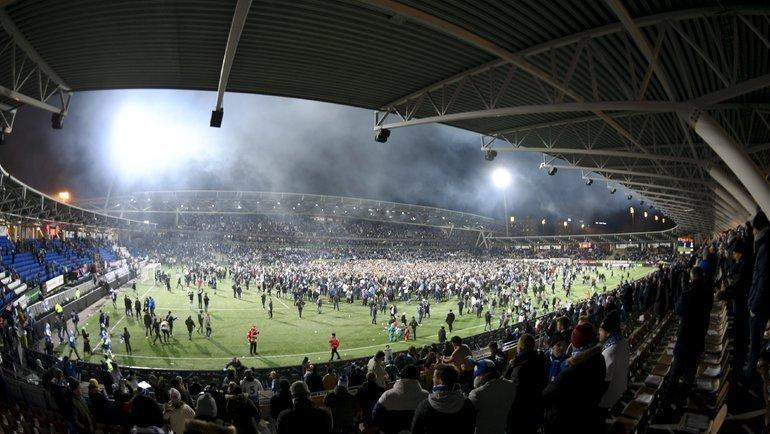 Финляндия празднует первое вистории попадание накрупный турнир. Доэтого финны неиграли нинаЧМ, нинаЕвро. Фото AFP