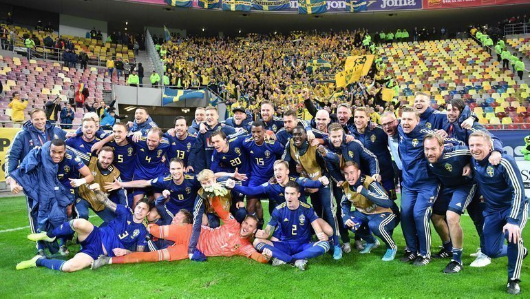 Швеция радуется выходу начемпионат Европы. Фото AFP