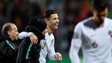 Роналду забил 99-й гол засборную. Домирового рекорда— 10 мячей