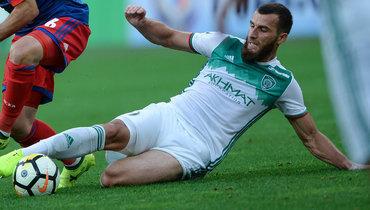 Российский футболист пропал вТурции? Садаев все объяснил