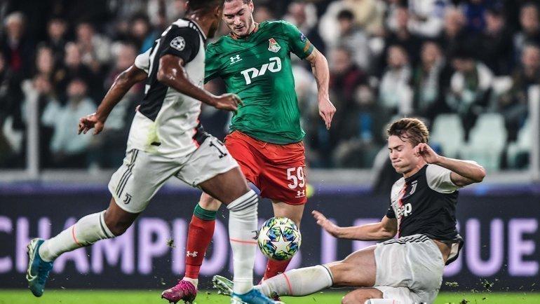 Алексей Миранчук (вцентре) произвел впечатление двумя голами вдвух матчах с «Ювентусом». Фото AFP