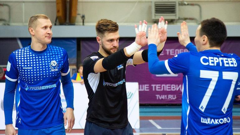 Денис Целюх, Дмитрий Бондарев иГеннадий Сергеев (слева направо). Фото МФК «Газпром Бурение»
