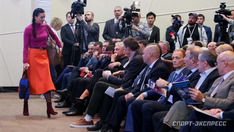 28ноября. Москва. Елена Исинбаева. Фото Дарья Исаева, «СЭ» / Canon EOS-1D X Mark II