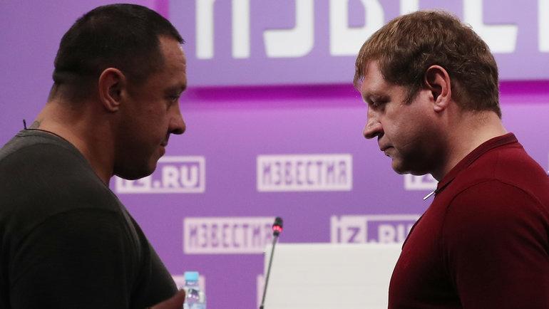 Михаил Кокляев (слева) иАлександр Емельяненко. Фото Александр Федоров, «СЭ» / Canon EOS-1D X Mark II