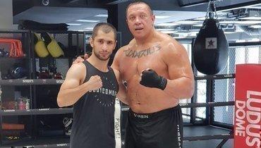 Эдгар Гукасян (слева) иМихаил Кокляев.
