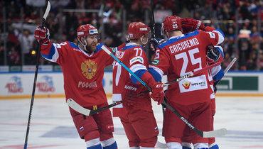 Никита Нестеров, Кирилл Капризов иМихаил Григоренко (слева направо).
