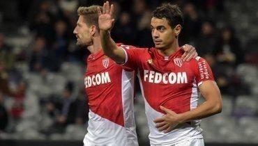 4декабря. Тулуза. «Тулуза»— «Монако»— 1:2. Бен Йеддер празднует гол.
