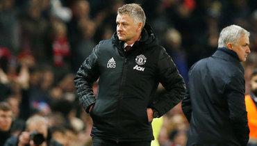 4декабря. Манчестер. «Манчестер Юнайтед»— «Тоттенхэм»— 2:1. Уле Гуннар Сульшер (слева) иЖозе Моуринью.
