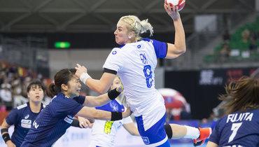 Вчера. Кумамото. Япония— Россия— 23:33 (16:16). Анна Сень сыграла по-капитански, забросив восемь мячей.