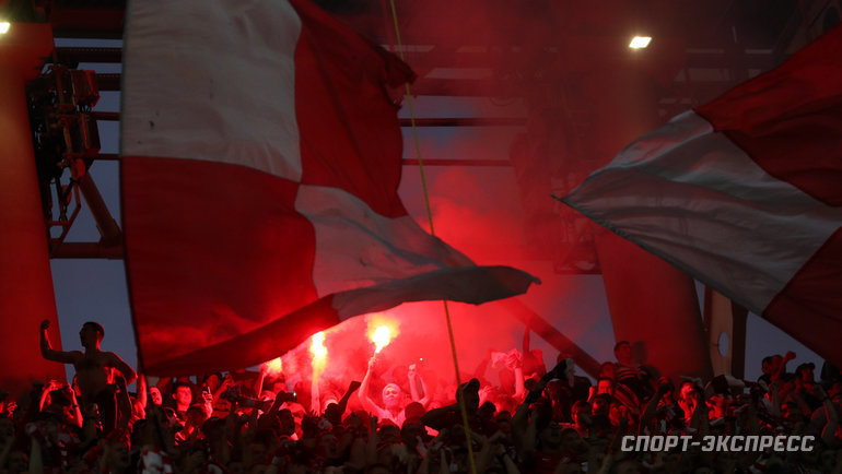 Фанаты «Спартака» призвали болельщиков всех команд покинуть стадионы на30-й минуте матчей 19-го тура. Фото Дарья Исаева, «СЭ» / Canon EOS-1D X Mark II