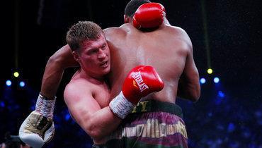 Александр Поветкин против Майкла Хантера.