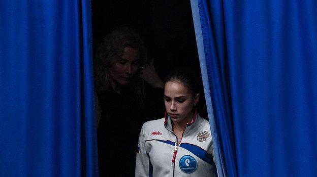 Алина Загитова иЭтери Тутберидзе. Фото Дарья Исаева, «СЭ»