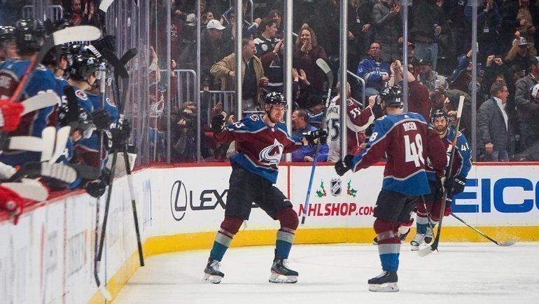 14декабря. «Колорадо»— «Нью-Джерси»— 3:1. Валерий Ничушкин забросил шестую шайбу всезоне. Фото twitter.com/Avalanche