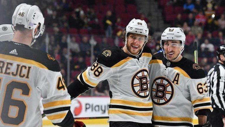Давид Пастрняк празднует заброшенную шайбу. Фото НХЛ