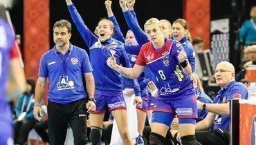 15декабря. Кумамото. Норвегия— Россия— 28:33. Женская сборная завоевала первые медали за10 лет.