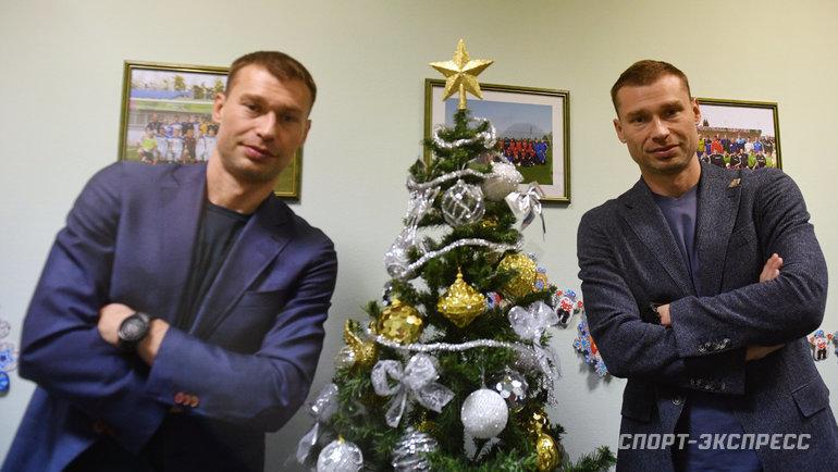 """Алексей (справа) иВасилий Березуцкие. Фото Александр Федоров, """"СЭ"""""""