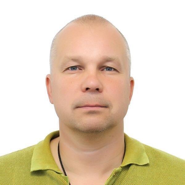 Игорь Парашкин.