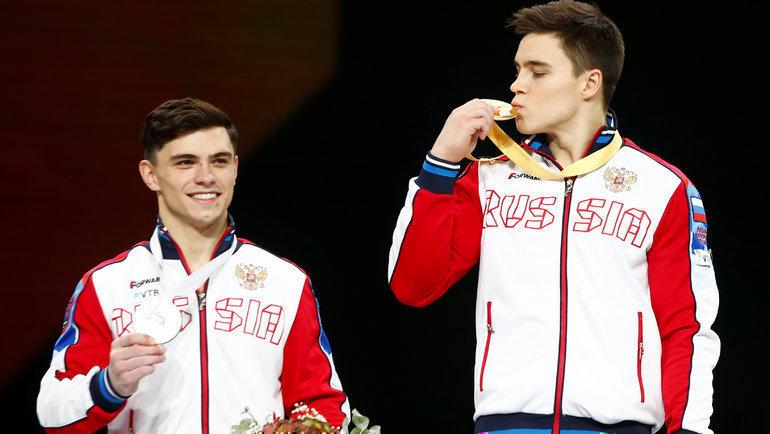 Никита Нагорный (справа) иАртур Далалоян. Фото Reuters