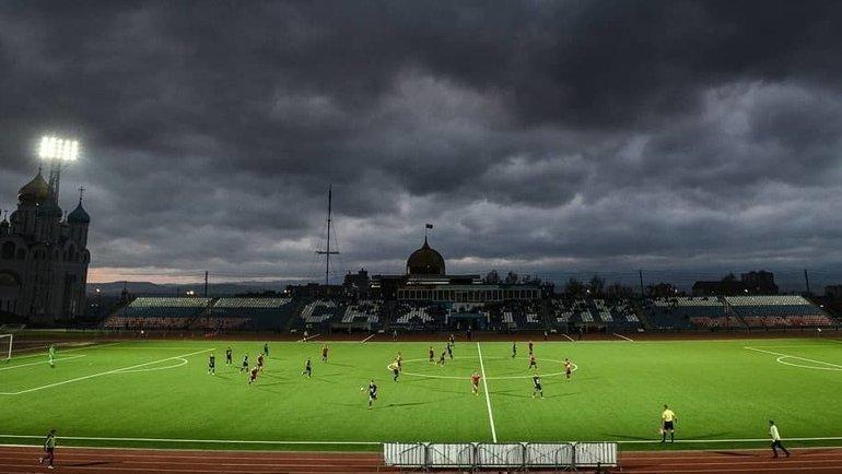 Как клубам ПФЛ живется при «осень-весна»? Фото Instagram