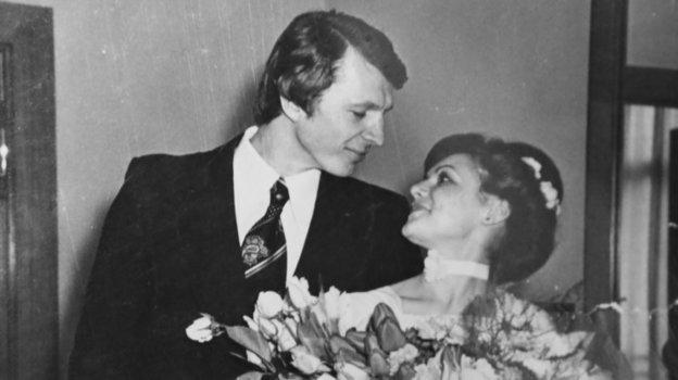 Сергей и Наталья Гимаевы во время свадебной церемонии. Фото из архива Сергея Гимаева