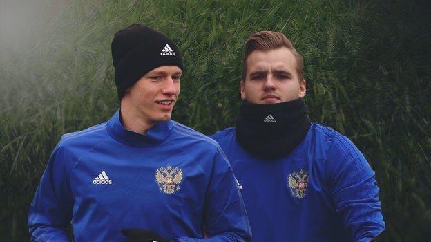 Матвей Сафонов иАлександр Максименко.