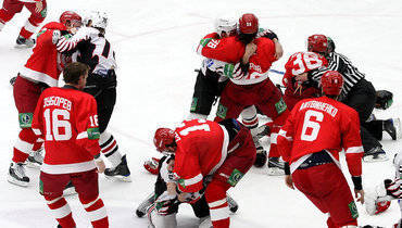 Самая безумная бойня вистории российского хоккея. 10 лет легендарным дракам «Витязя» и «Авангарда»