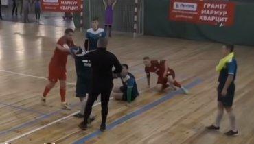 Михалик спровоцировал драку натурнире помини-футболу