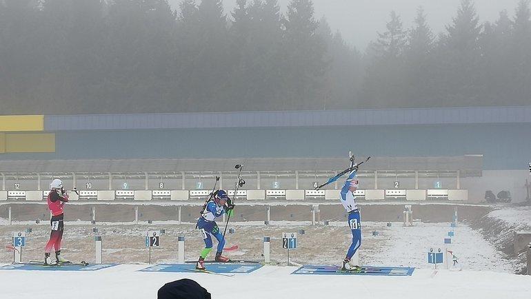 Кайса Мякяряйнен (справа) выиграла масс-старт. Фото twitter.com