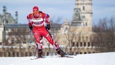 Большунов выиграл индивидуальную гонку наКубке мира вЧехии