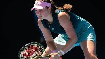 Самсонова уступила Остапенко наAustralian Open