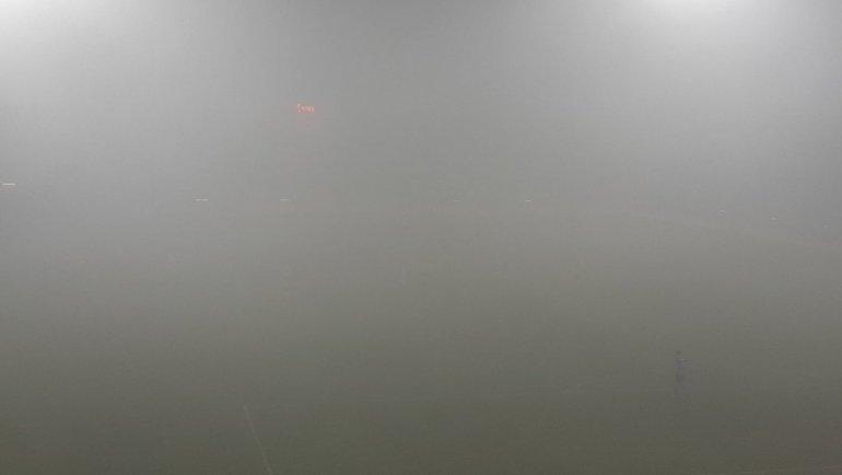 "21 января. Ситтард. Матч ""Фортуна"" - ""Фейеноорд"" прерван из-за тумана. Фото RTL Niews"