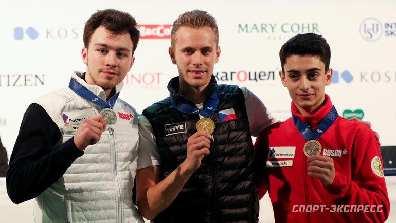 Дмитрий Алиев (слева) иАртур Даниэлян (справа) счехом Михалом Бржезиной. Фото Дарья Исаева, «СЭ» / Canon EOS-1D X Mark II