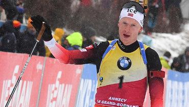 Йоханнес Бевыиграл индивидуальную гонку наэтапе Кубка мира вПоклюке, россияне— вне десятки