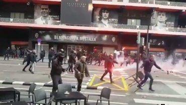 25января. Валенсия. Столкновения между фанатами «Валенсии» и «Барселоны».